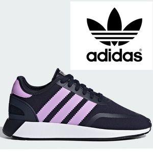 SALE!! Adorable Adidas Originals Sneaks, size 7